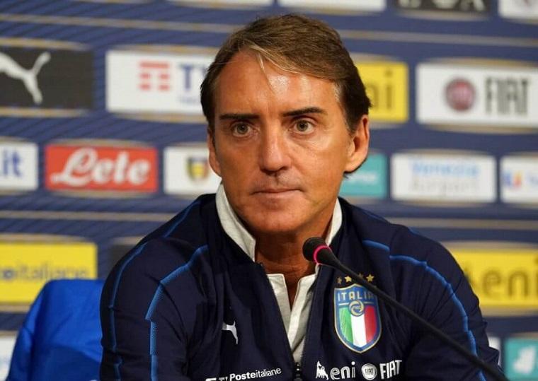 Italia chọn sẵn 5 SAO đá luân lưu trước Áo.